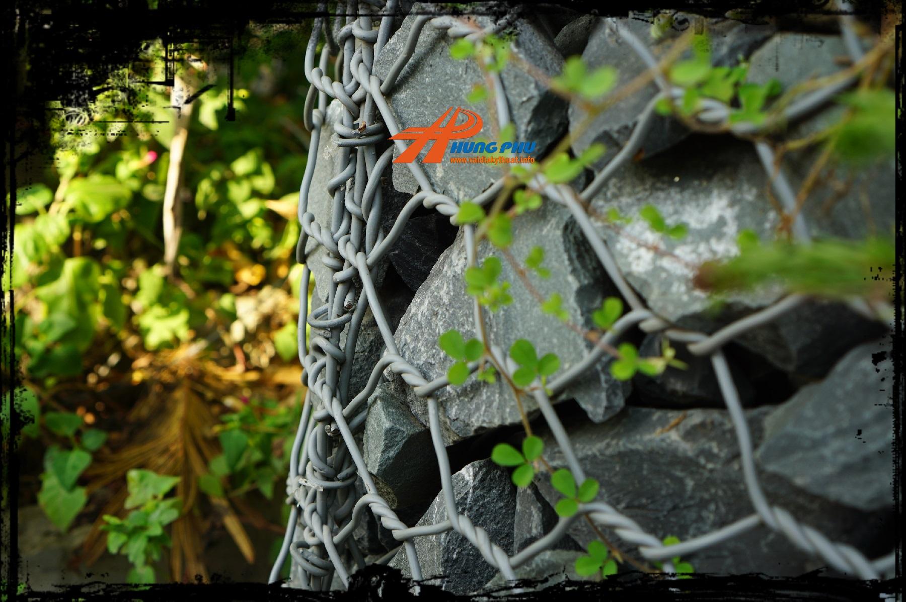 Rọ đá trang trí tường cảnh quan